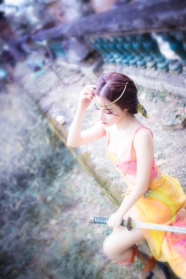 12_thuong-lam-nhung-bo-cosplay-dep-mat-cua-lang-game-viet-ngay-dau-nam