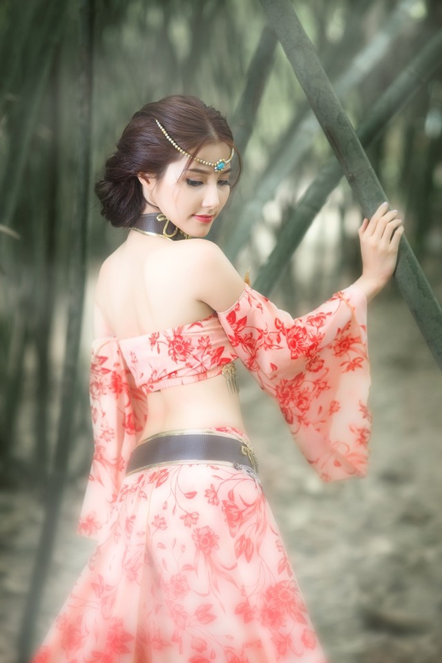 4_thuong-lam-nhung-bo-cosplay-dep-mat-cua-lang-game-viet-ngay-dau-nam